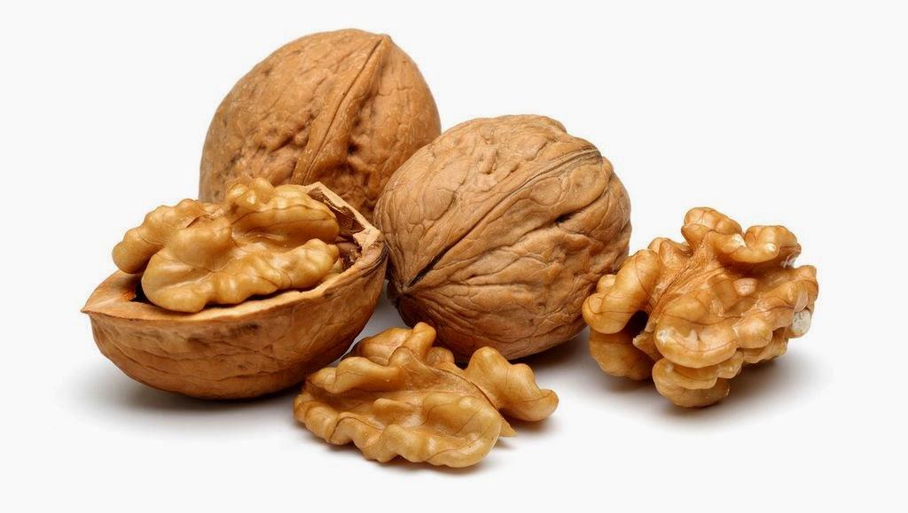 Nueces: reducen el riesgo de cáncer de colon